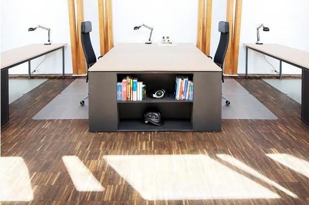 Scrivania Ufficio Ovvio : Setting.io la startup che vuol affittare la scrivania vuota del tuo