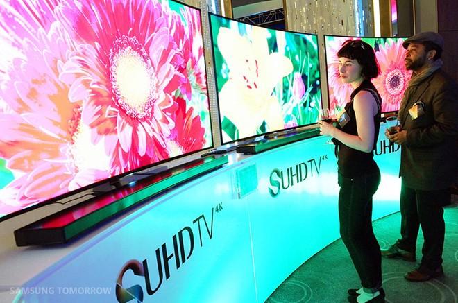 Samsung Tv Arriva La Visione Del Futuro : Samsung brevetta il tv olografico hd