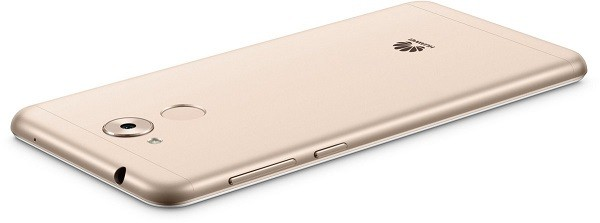 In Huawei Nova Smart Batte Un Honor 6c Altro Rebrand Per L Europa A