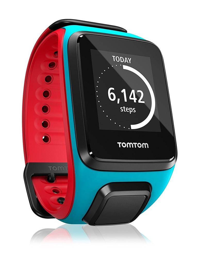 b85dec39a128ca Il primo prodotto è il TomTom Runner 2 Cardio, un orologio sportivo adatto  a tutti coloro che fanno sport all'aperto e attività di vario tipo.
