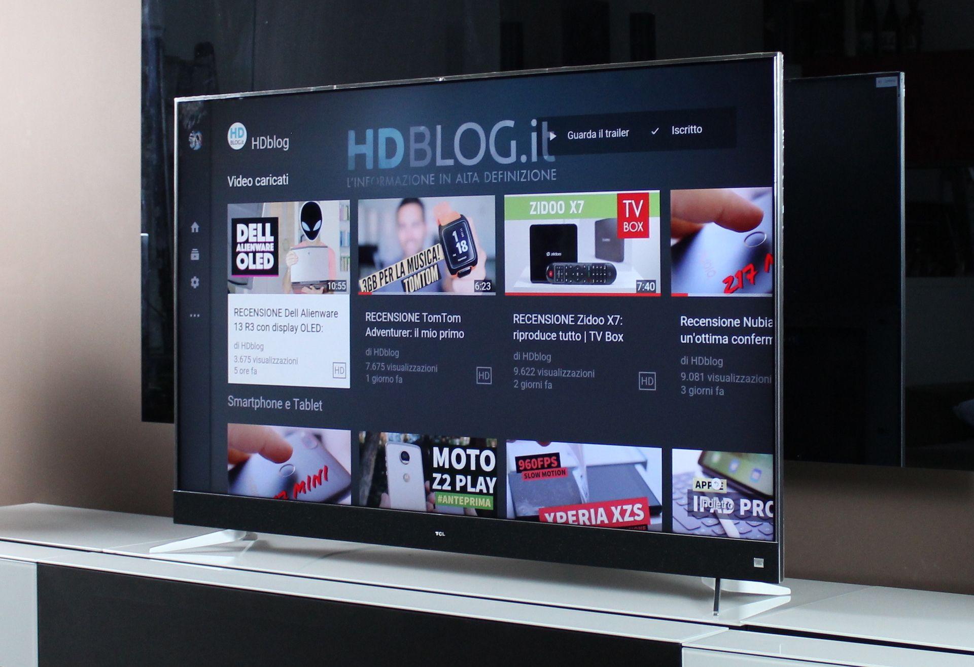 Parete attrezzata tv moderno in legno massiccio con
