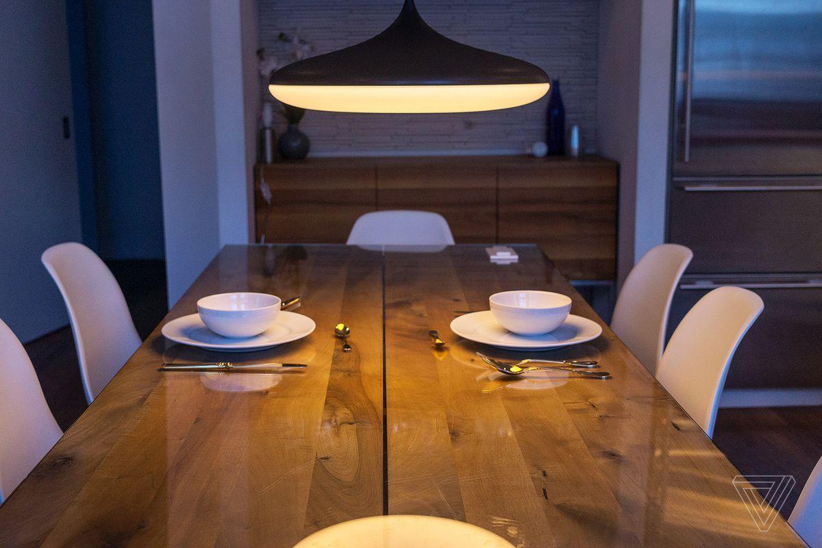 Plafoniere Hue : Philips presenta la nuova plafoniera hue white ambiance hd
