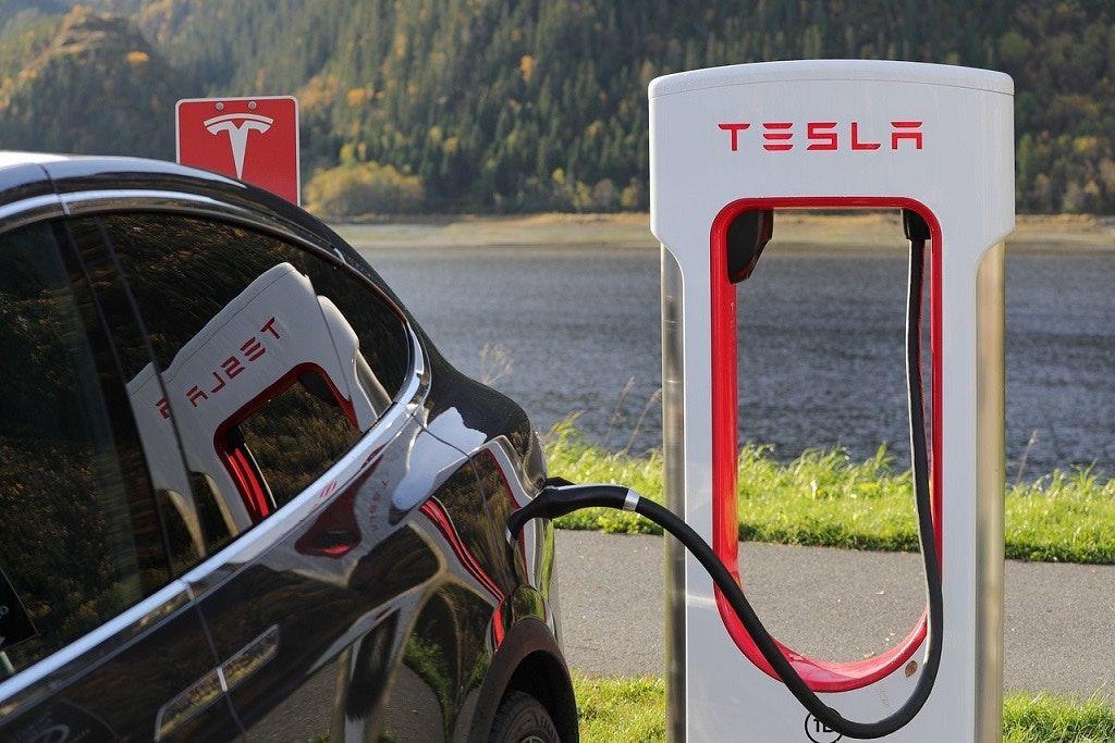 Per Nissan il futuro, elettrico ea guida autonoma, è adesso