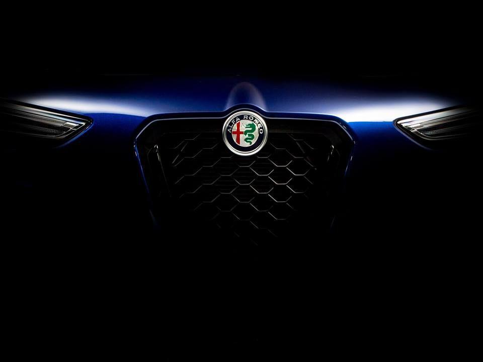 Alfa Romeo Nero Edizione: il nero va di moda a New York
