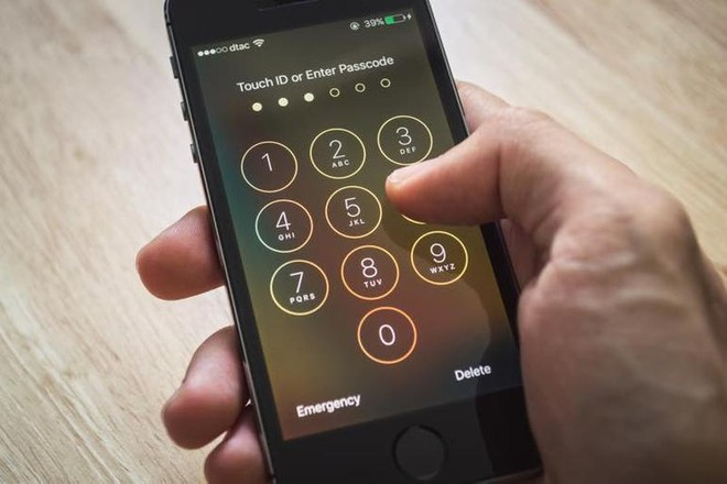 iOS 11: possibile passcode in BruteForce sul blocco schermo | Apple smentisce - image  on https://www.zxbyte.com
