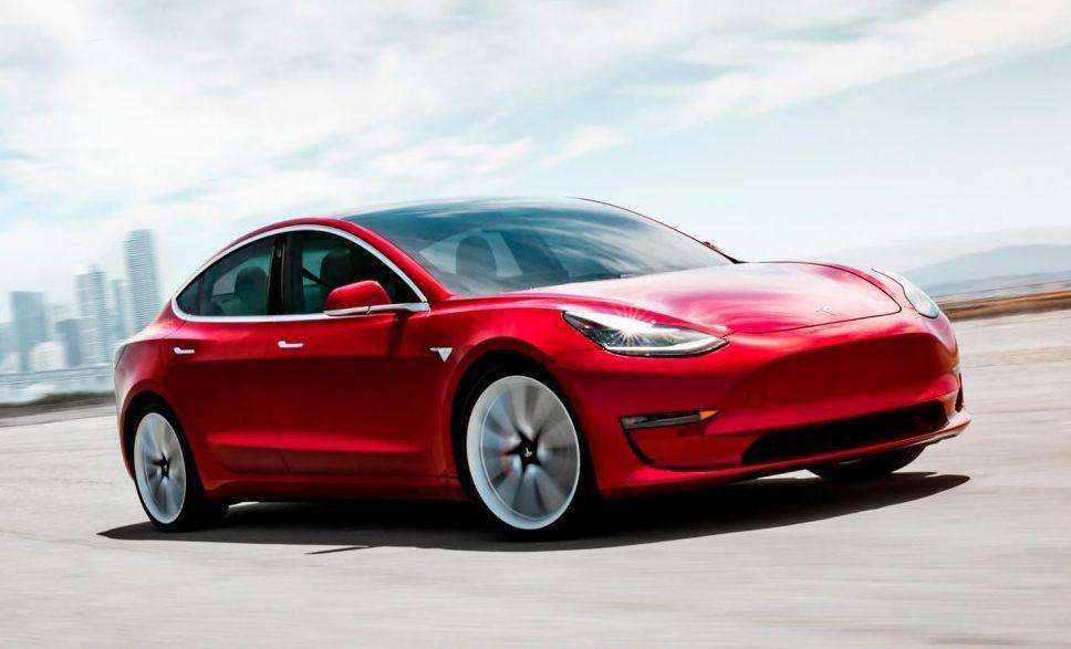 Tesla apre impianto in Cina, Elon Musk sfida Trump