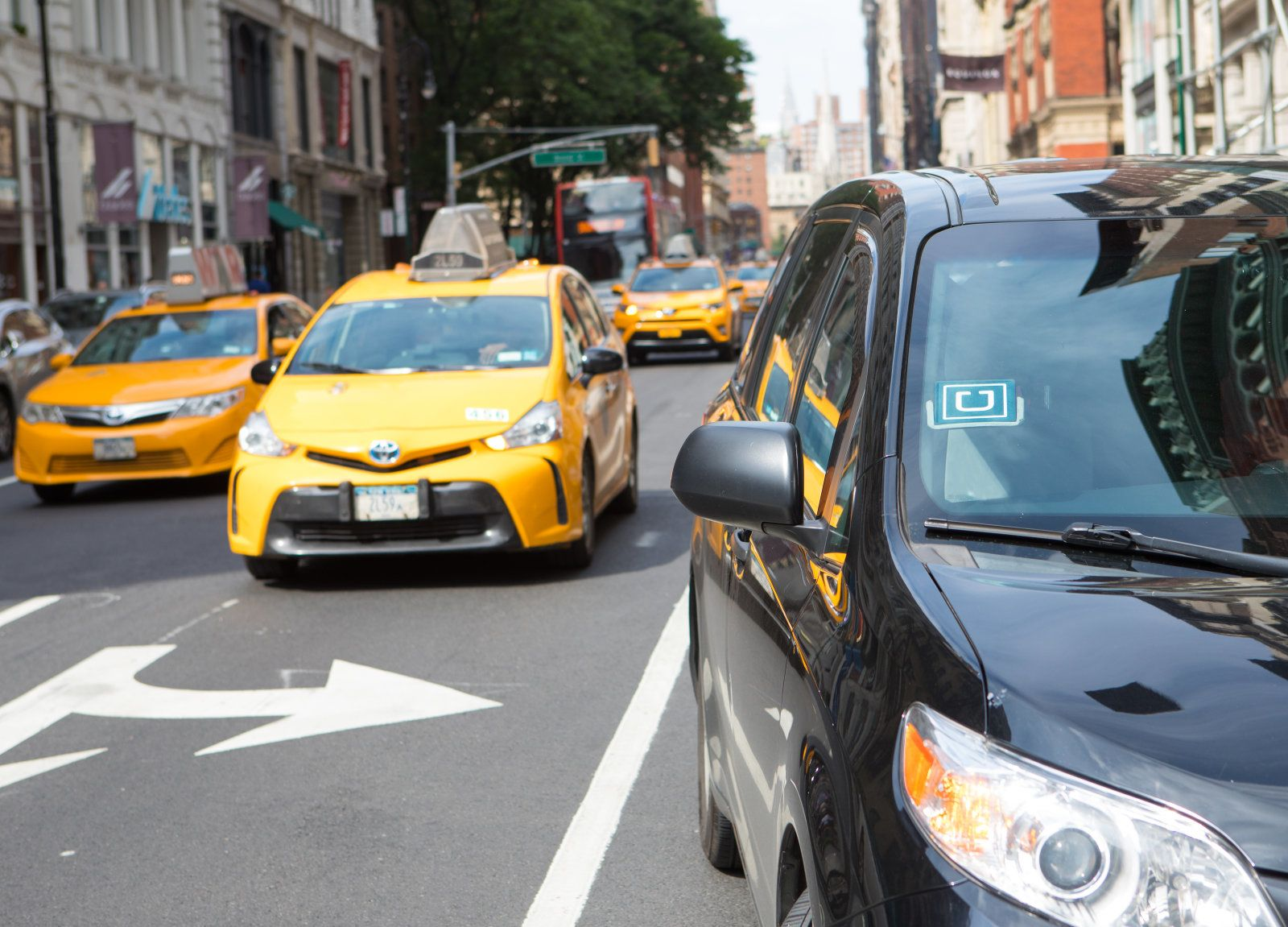 New York blocca emissione licenze a Uber - Ultima Ora