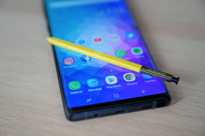 Galaxy Note 9 riceve le patch di ottobre in Italia. Galaxy S7 in Europa - image  on https://www.zxbyte.com