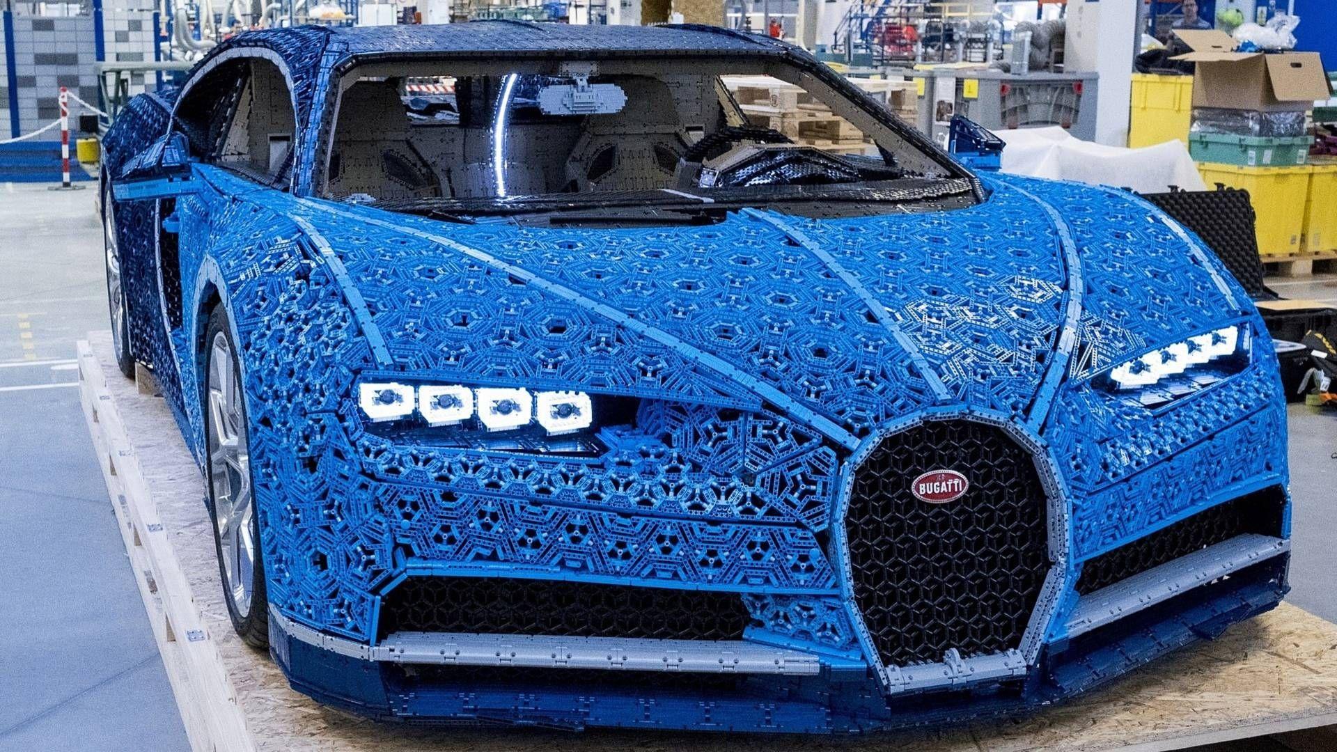 Bugatti Chiron, un milione di mattoncini Lego tutti da guidare