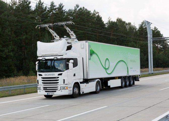 Autostrada A35 BreBeMi, il camion ibrido si ricarica come i treni