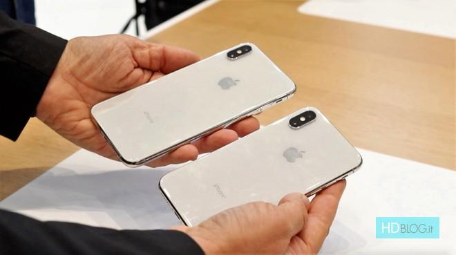 Nuovi iPhone Xs, Xs Max e Xr: ecco due parodie da non perdere - image  on http://www.zxbyte.com