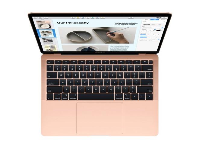 MacBook Air nel teardown di iFixit: cresce la riparabilità, batteria più accessibile - image  on https://www.zxbyte.com