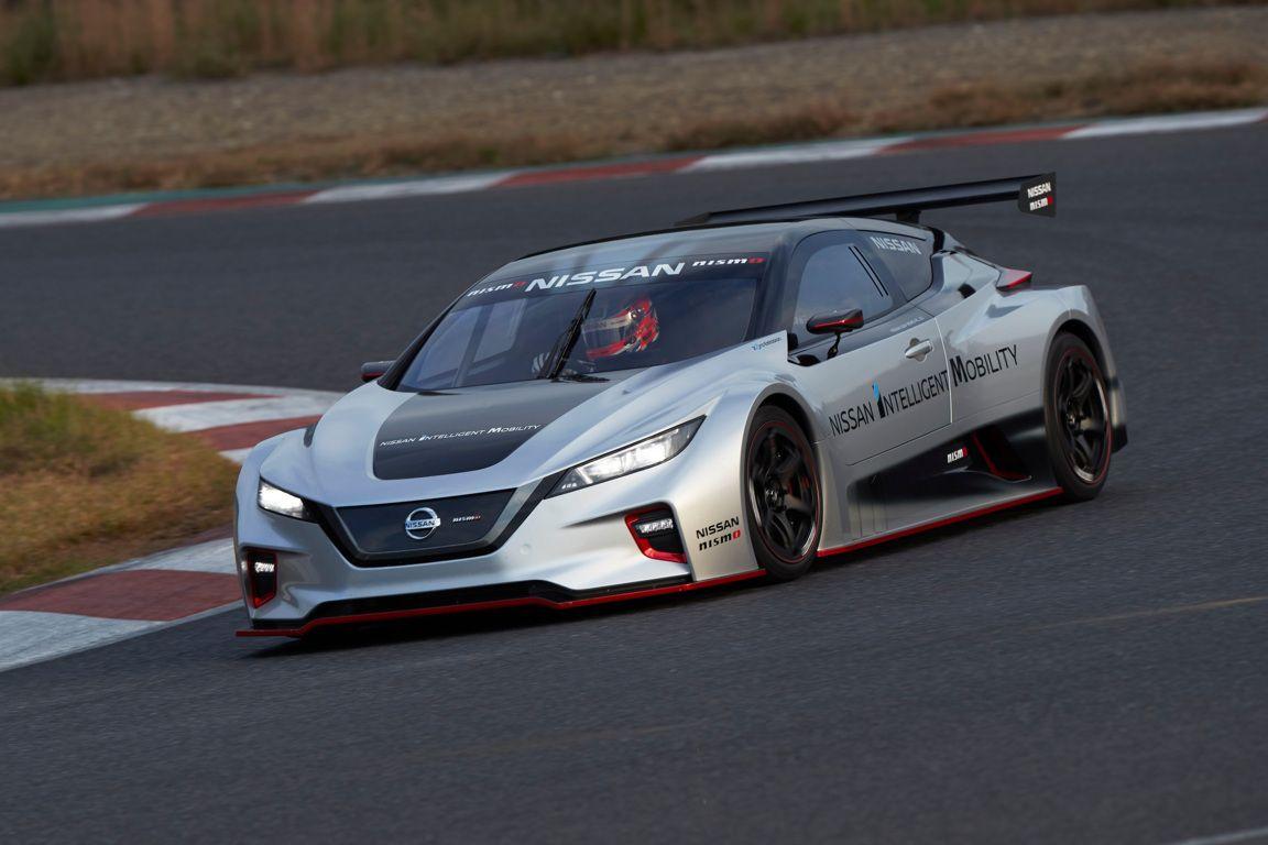 Nissan LEAF NISMO RC, la nuova evoluzione dell'elettrica giapponese [FOTO e VIDEO]