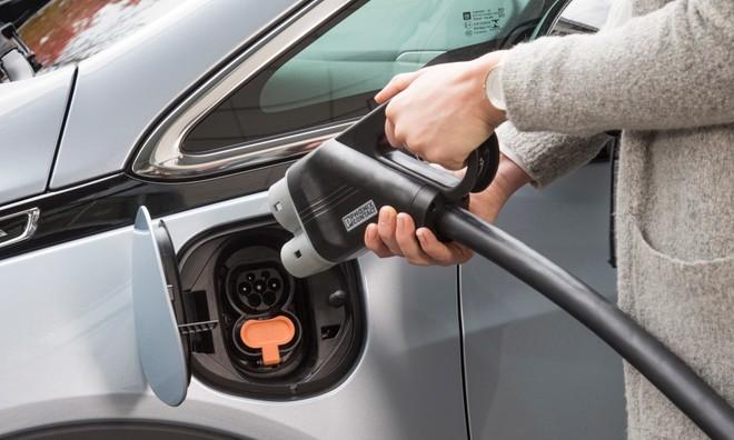 Schemi Elettrici Automobili Gratis : Ecotassa ecobonus e incentivi auto elettriche scooter e ibride