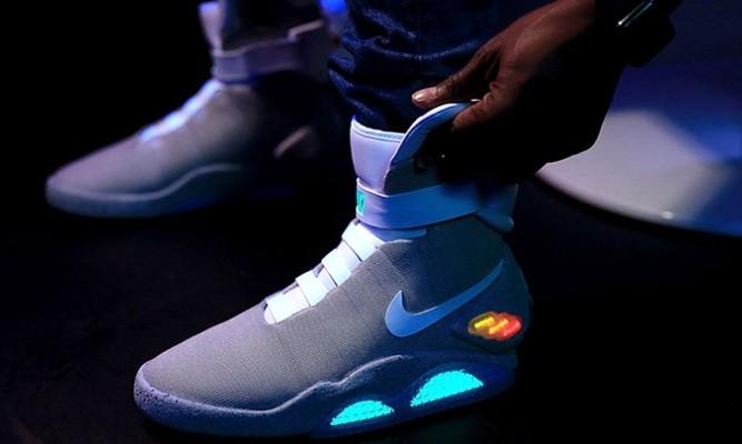 Nike autoallaccianti 2ad00dd7b14