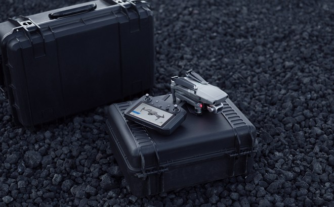 DJI introduce al CES 2019 il nuovo RC Smart con display integrato - image  on https://www.zxbyte.com