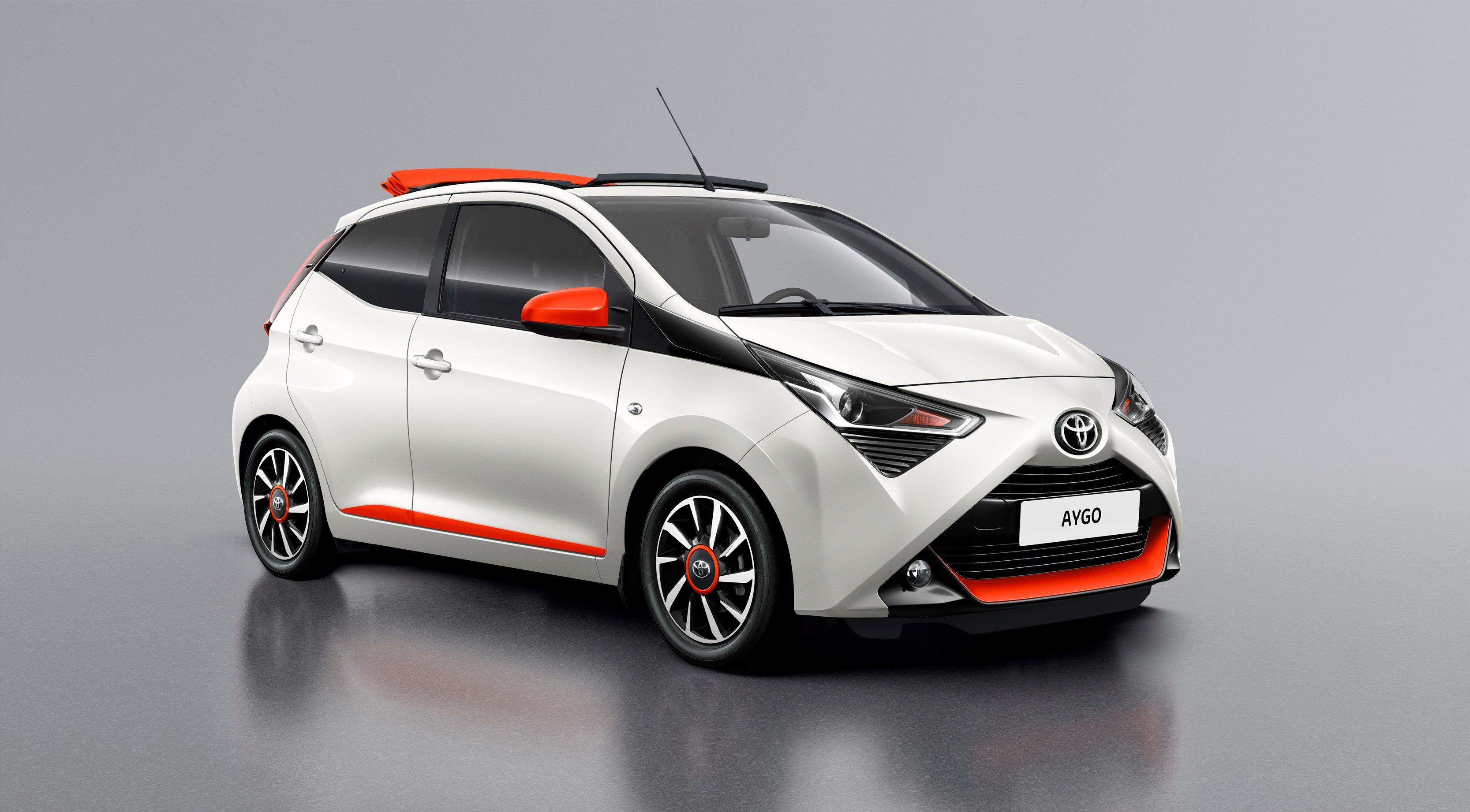 Toyota aygo a ginevra le versioni speciali wave orange e cite