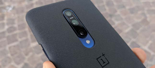 OnePlus Camera: Macro Mode and Focus Tracking, but not for