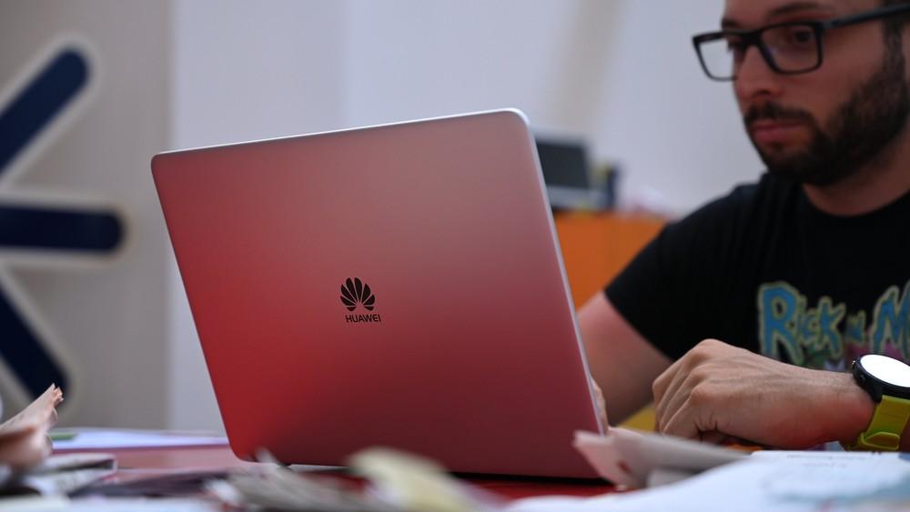 Recensione Huawei MateBook D Ryzen 5 2500U, costa meno ma non si