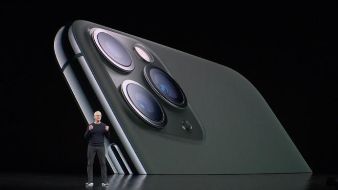 iPhone 11: la ricarica wireless inversa ci sarebbe ma disattivata via software - image  on https://www.zxbyte.com