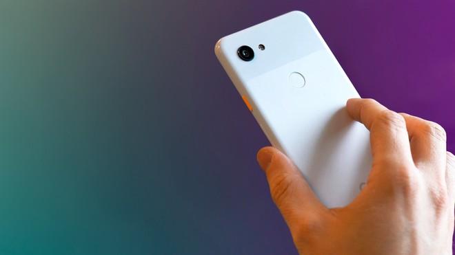 Android, una falla (corretta) permette di accedere alla fotocamera - image  on https://www.zxbyte.com