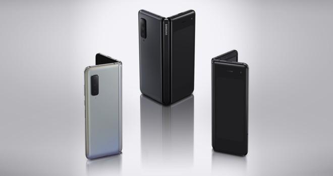 Samsung Galaxy Fold si aggiorna in Italia: patch di novembre e supporto DeX - image  on https://www.zxbyte.com