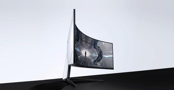 Samsung Odyssey G7 e G9: al CES i monitor gaming super curvi fino a 49